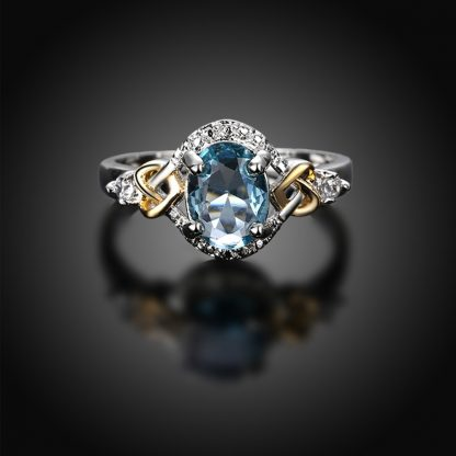 Classy Crystal Luxury Engagement Women Ring
