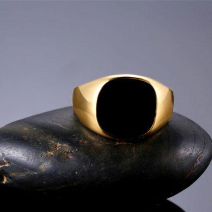 Dedicate Classic Black Surface Men Ring Fashion Jewelry