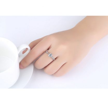 Charming Crystal Women Fashion Jewelry Ring