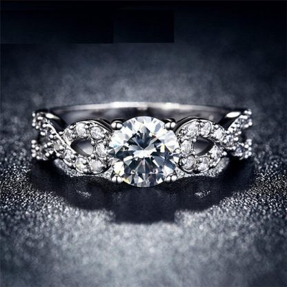 Elegant Braid Band Design Crystal Zircon Women Fashion Jewelry Ring