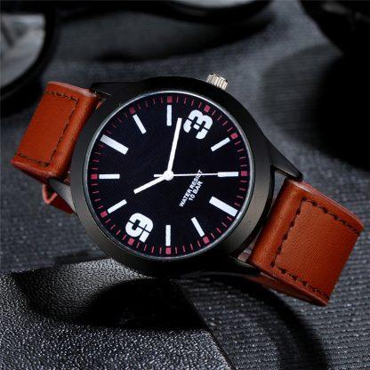 Simple Leather Band Analog Quartz Round Men Wrist Watch