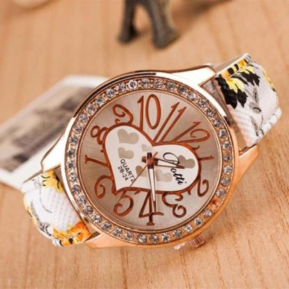 Heart Pattern Flower Leather Band Numeric Quartz Analog Women Wrist Watch