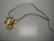 18 K Gold Plated Flower WomenPendant Necklace Fashion Jewelry