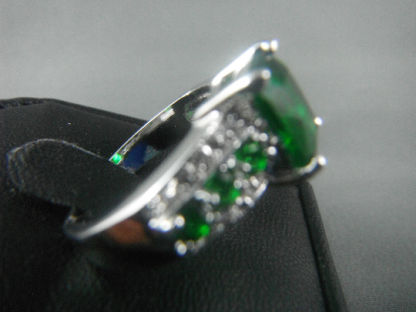 Brand New Ring Type: Wedding/Engagement Item Type: Ring (Size 8) Fine or Fashion: Fashion Gender: Women Style: Trendy Germ Stone: Green Lab Jade Material: 10 K White Gold Plated Metals Type: Zinc Alloy Shape\pattern: As Picture Color: As Picture Occasion: Engagement, Wedding, Anniversary, Party, Bridal, Gift Condition: 100% Brand New