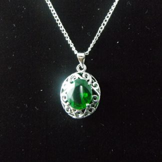 Green Crystal Rhinestones Pendant Necklace